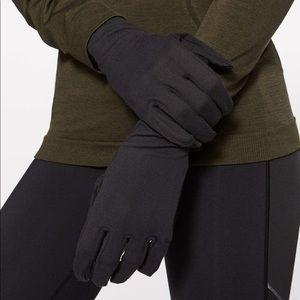 lululemon athletica Colour Me Quick Gloves